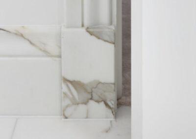 marble-bathroom-calacatta-borghini-skirting