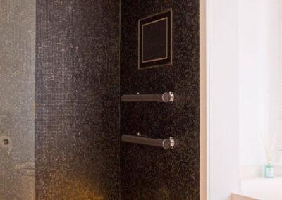 bathroom-vanity-unit-bianco-neve-limestone-black-glass-mosaic-london