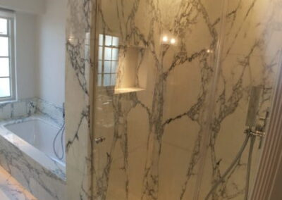 white-marble-bathroom-arabescato-corchia-shower-enclosure-bath-london