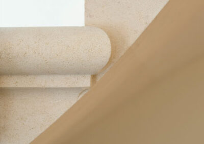 cantilever-staircase-french-limestone-london