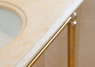 jerusalem-gold-limestone-bathroom-london