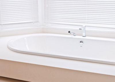 bathroom-vanity-unit-bianco-neve-limestone