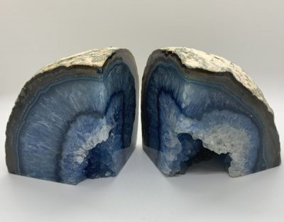 blue-agate-bookend-natural-stone