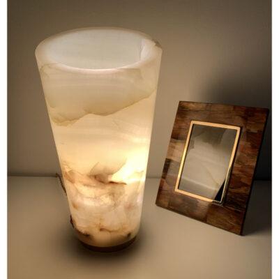 mwanga-boreal-onyx-table-lamp-side-light