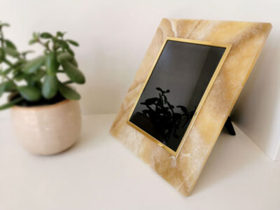 onyx-semi-precious-stone-photo-frame-wedding-gift